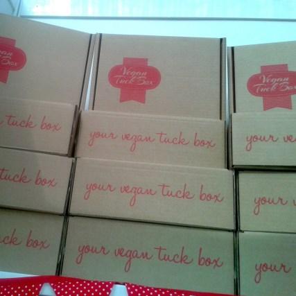 tuck box