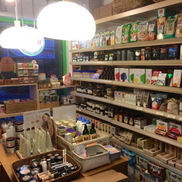 Snacks, toiletries and more at Vegan Dükkan