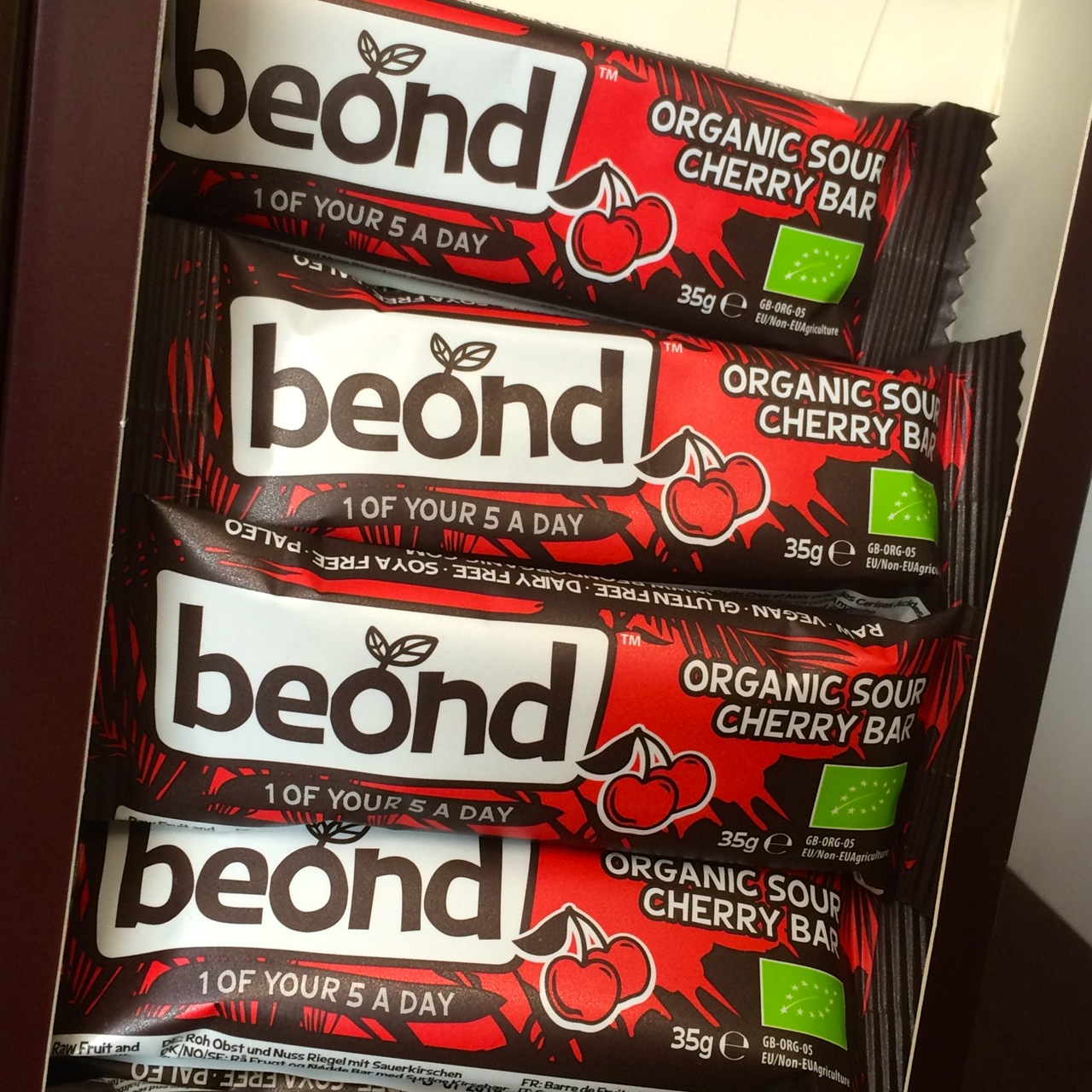 https://i0.wp.com/fatgayvegan.com/wp-content/uploads/2015/09/Beond-sour-cherry.jpg?fit=1280%2C1280