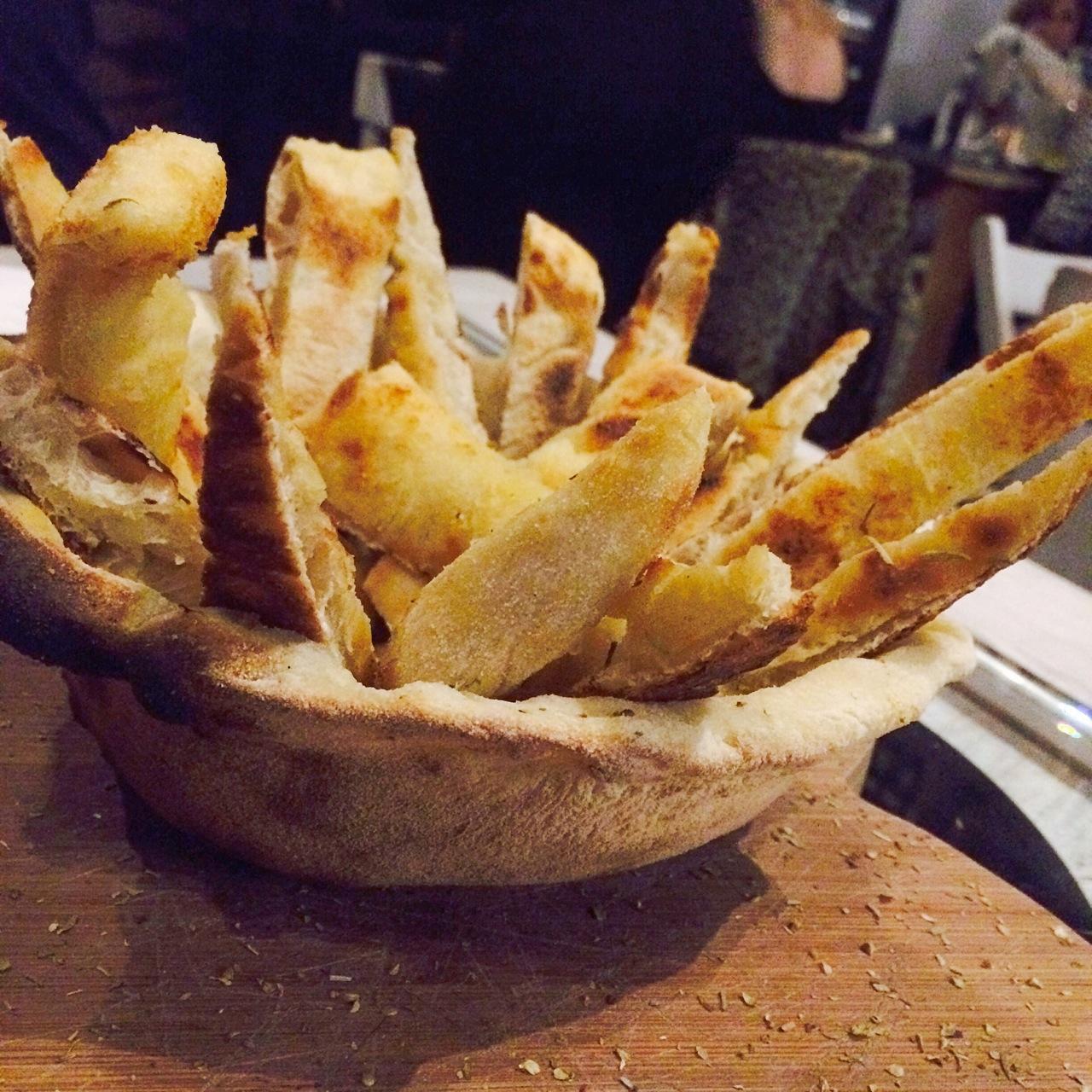 https://i0.wp.com/fatgayvegan.com/wp-content/uploads/2015/11/Vegan-bread-basket.jpg?fit=1280%2C1280