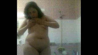 egyption girl in bath  Masturbation 02