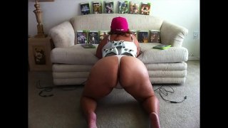 Thick Gamer Girl with FAT ASS & Pink Thong