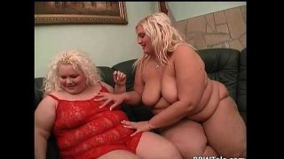 Two big sluts lesbian play on the bed