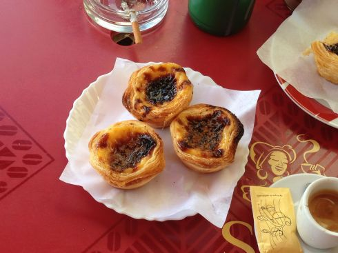 Egg custard tarts