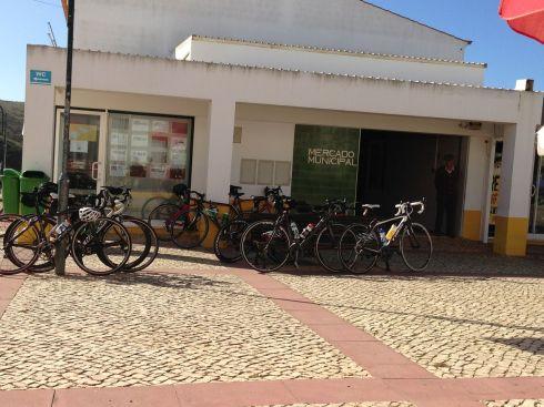 Stop bikes