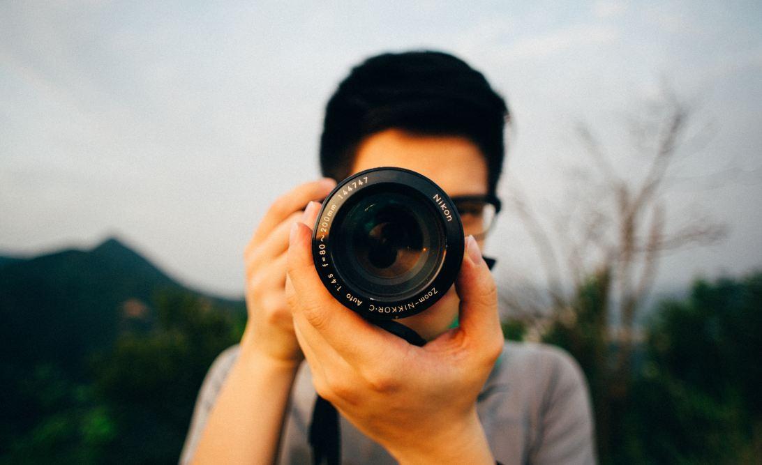 Close up of a photographer