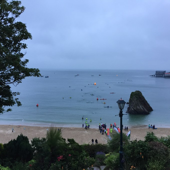 The last swimmers at the Long Course Weekend 2016