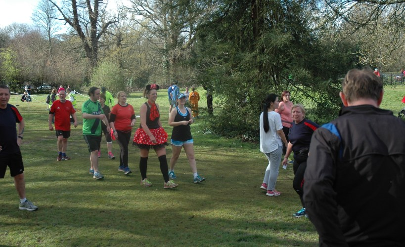 Tamsyn, Kim and some other runners at parkrun