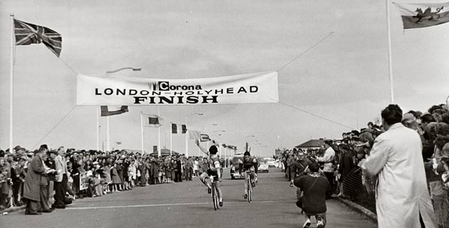 Finish of London to Holyhead race