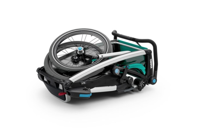 Thule Chariot Lite folded.