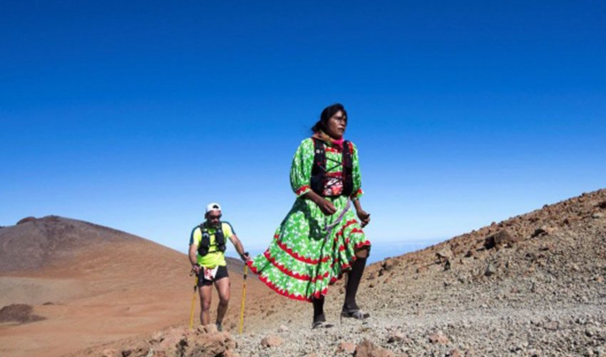 Lorena Ramírez taking part in Cajamar Tenerife Bluetrail ultramarathon.