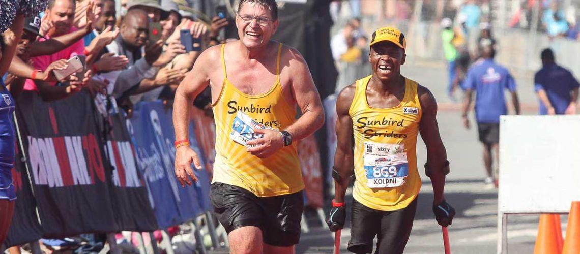 Xolani Luvuno and Hein Venter running together.