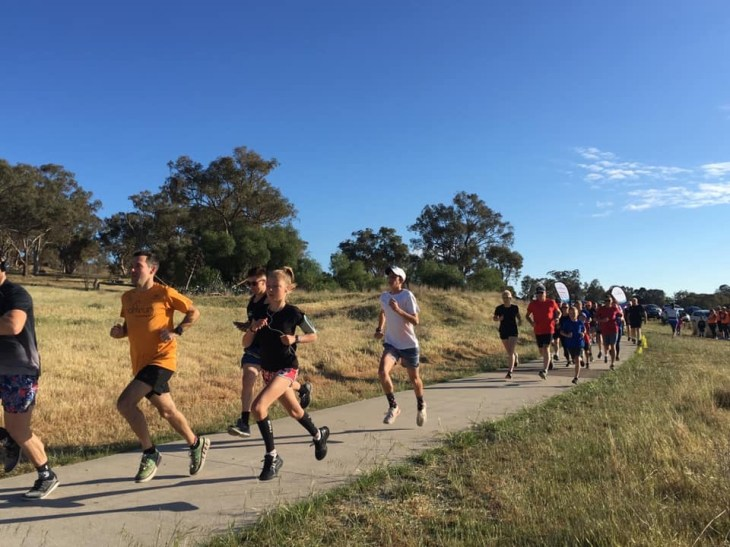 Runners at the start of Cowra parkrun. Stuart is near the front.