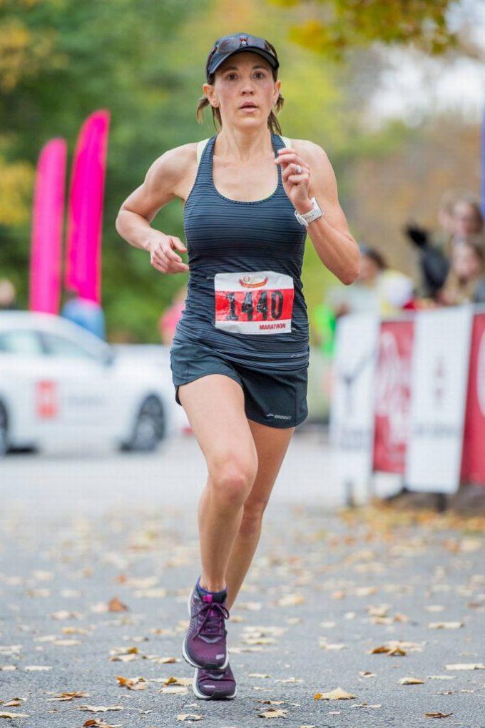 Rachael Arends running.