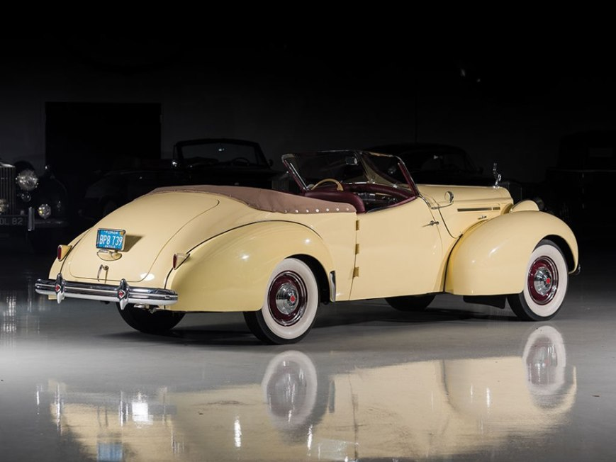 1939 Packard One Twenty Convertible Victoria by Darrin-1