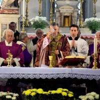Commemorazione dei Fedeli Defunti a Venezia con il Patriarca Francesco Moraglia, Araldi del Vangelo-017