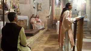 1° messa di un novello sacerdote degli Araldi Del Vangelo-001