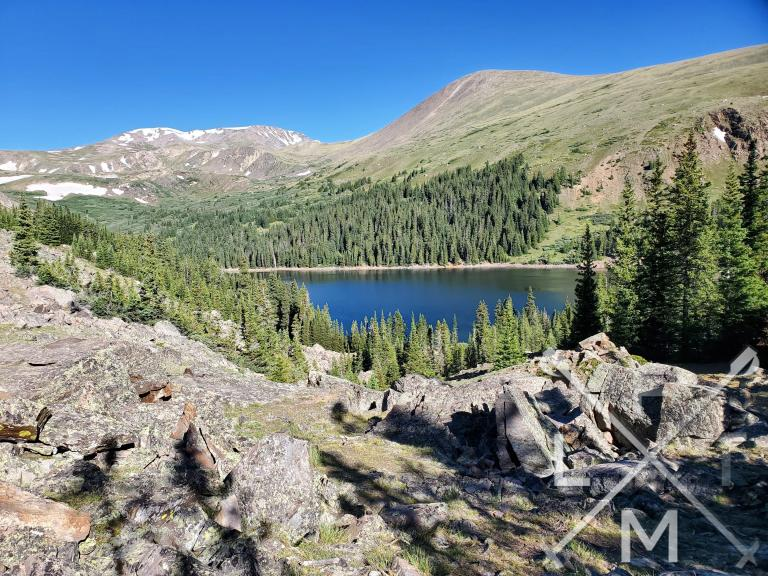 The first view of Naylor lake as you come out of the forested part of the Silver Dollar Trail.