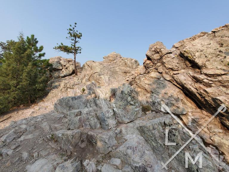 The rocky outcrop from the top of the  Overlook trail