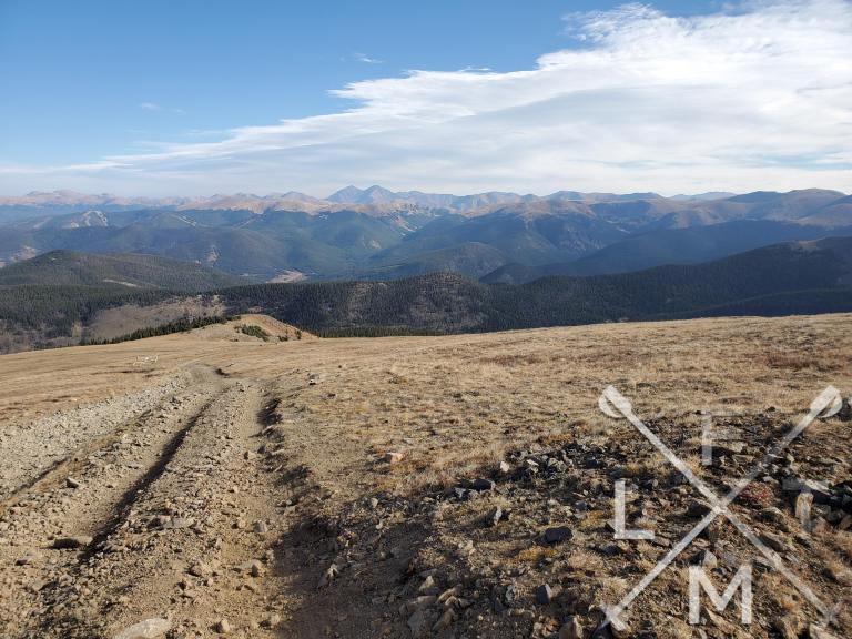 A panoramic views of all the views around the town of Breckenridge.
