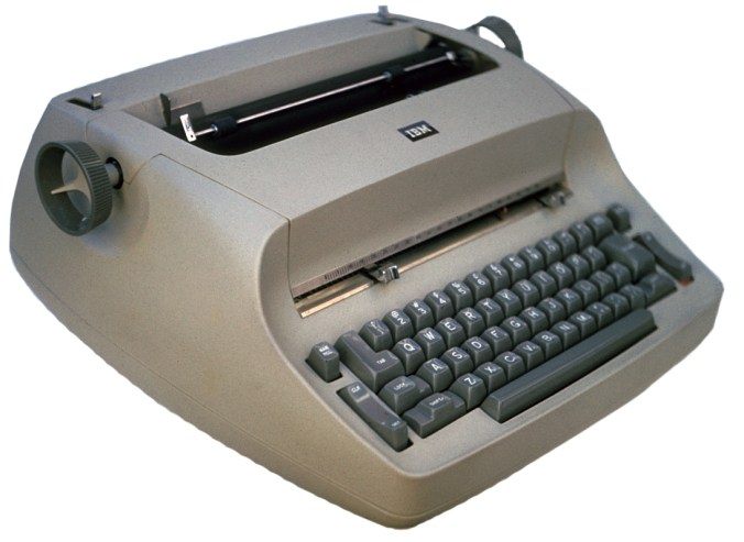 297247-typewriter