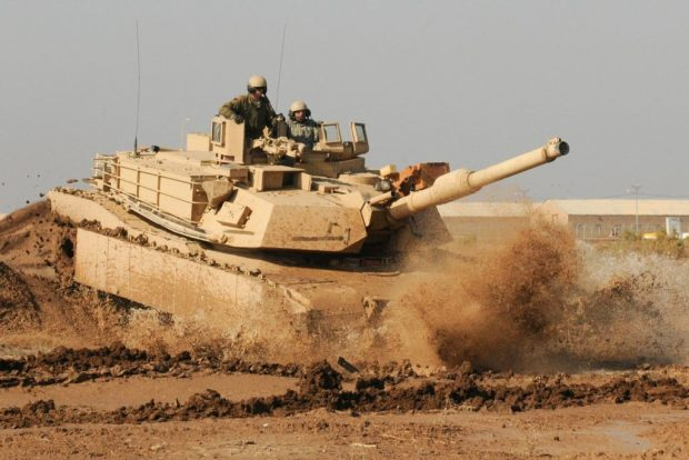 M1_Abrams_training_in_Iraq