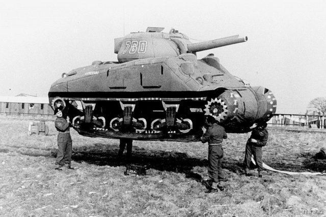 Tanque inflável da Operação Fortitude