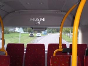 Under en vardaglig bussresa kan det bli intressanta möten, om än inte världsförändrande... Foto: Fatou Touray