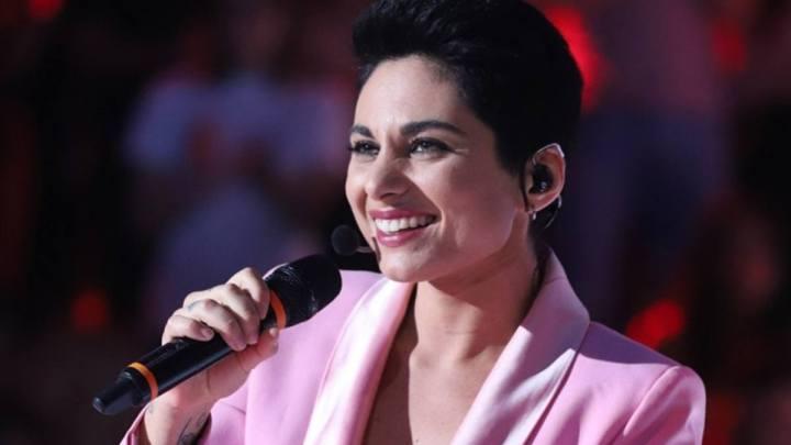 Giordana Angi seconda ad Amici: la cantante di Aprilia cede ad Alberto