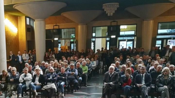 Chiude il foyer del Teatro D'Annunzio, ultimo step prima della riapertura?