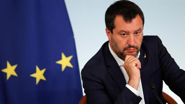 Salvini a Sabaudia, se andasse a Cisterna, al Comani, alla Corden Pharma e ai pub?