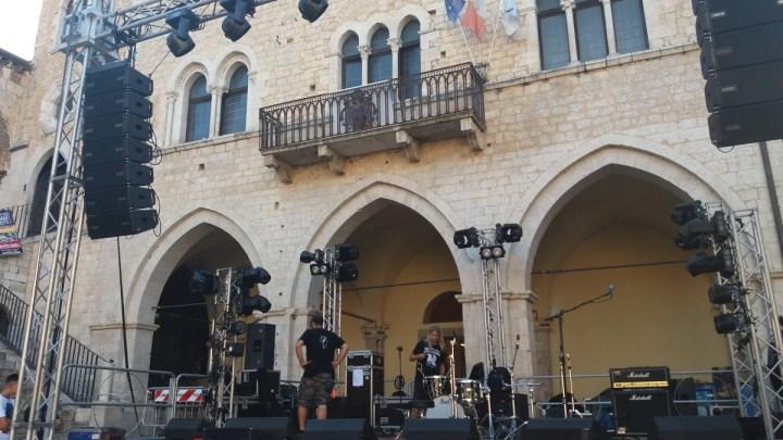 Will Hunt, Stef Burns e Claudio Golinelli aprono il tour a Priverno