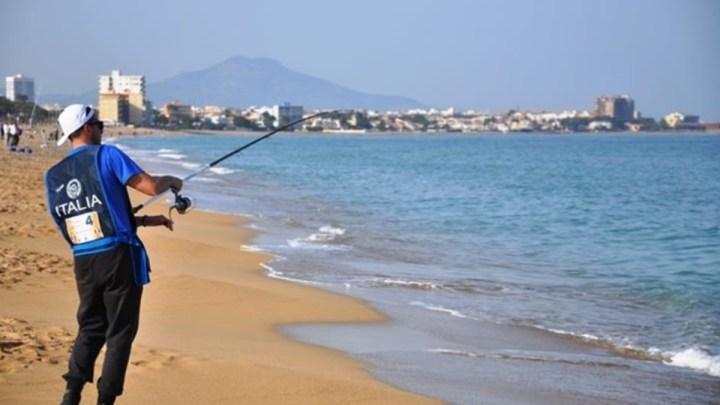 Campionato del mondo di surf casting sulla costa pontina