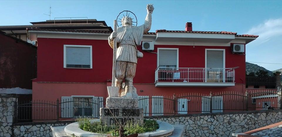 San Lidano, san Isidoro quelle statue che i santi mal digeriscono