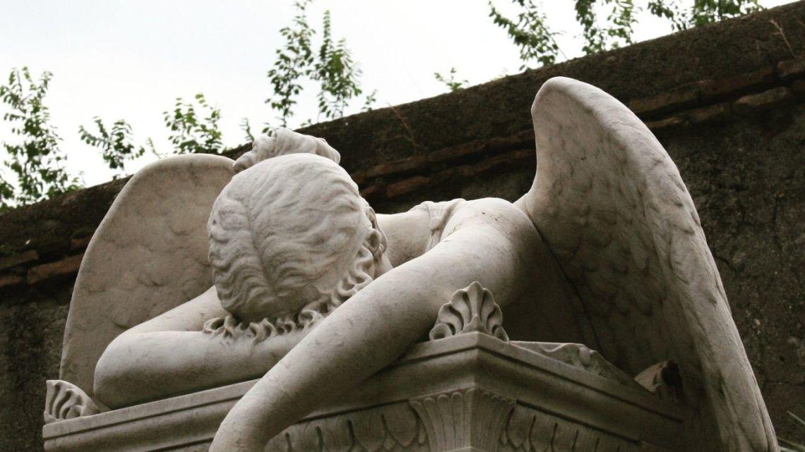 Dedicato ad un cimitero in una morale setina che forse più non c'è