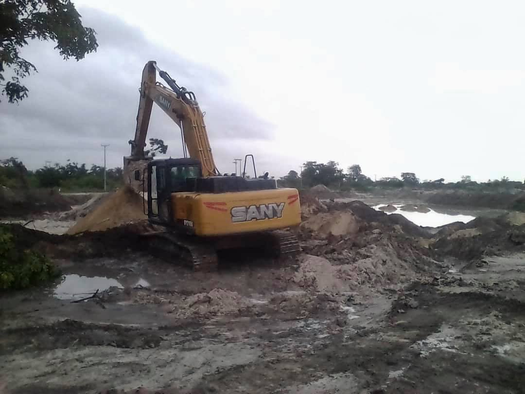 Sanyang Youths Ordered Sand Miners To Leave The Quarry