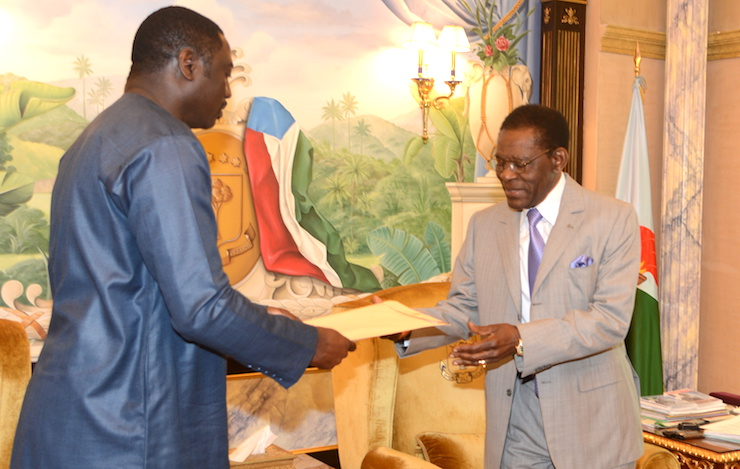Minister Tangara, as the Special Envoy of the President, meets with President Obiang