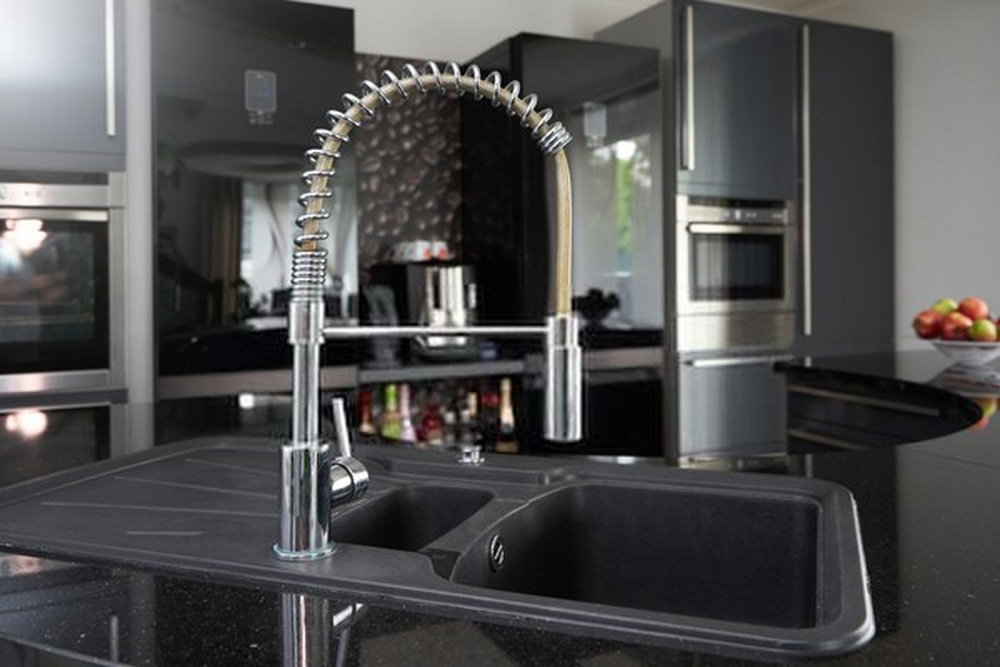 best pull down kitchen faucets tested