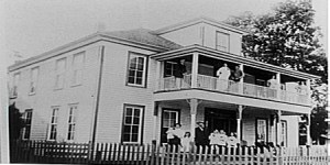 Ledrick Family, Mayflower Hotel, Mayflower Arkansas