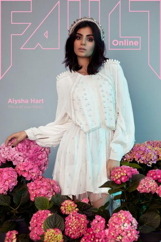 rossella-vanon-aiysha-hart-fault-magazine-8052