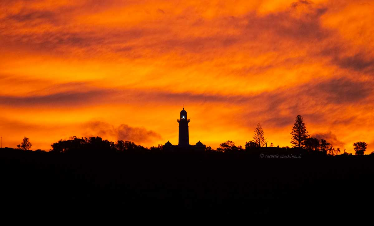 macquarie lighthouse sydney harbour sunset