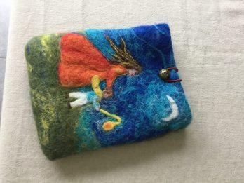 création laine feutrée