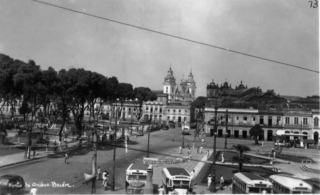 Vista da cidade de Belém (PA) - Praça Dão Pedro II e Praça do Relógio