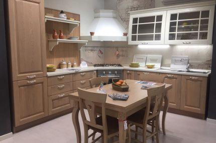 Vendita Cucine  Oltre 50 modelli disponibili  Guerino