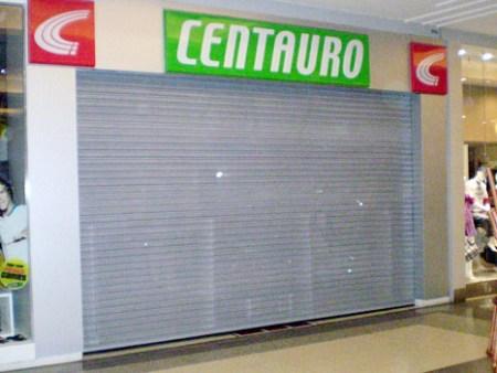Porta de Aço de Enrolar Automática - Favaretto Portas - porta de loja automatica