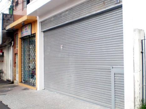 Porta de Aço de Enrolar Automática - Favaretto Portas - porta de rolo automática - Porta de Aço em Curitiba - PR - Porta de Enrolar em Ribeirão Preto - SP