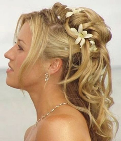 Beautiful Homecoming Hairstyle
