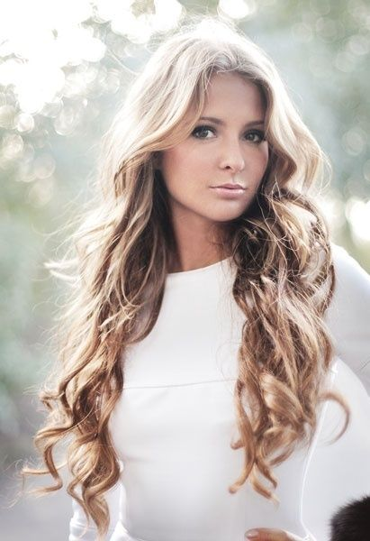 Beautiful Long Curly Hairstyle..