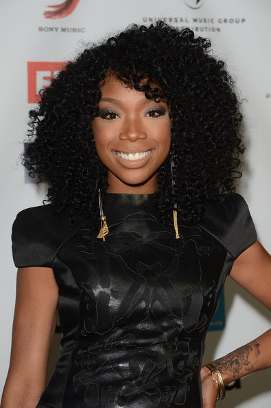 Brandy Wears Tight Curly Hairstyle