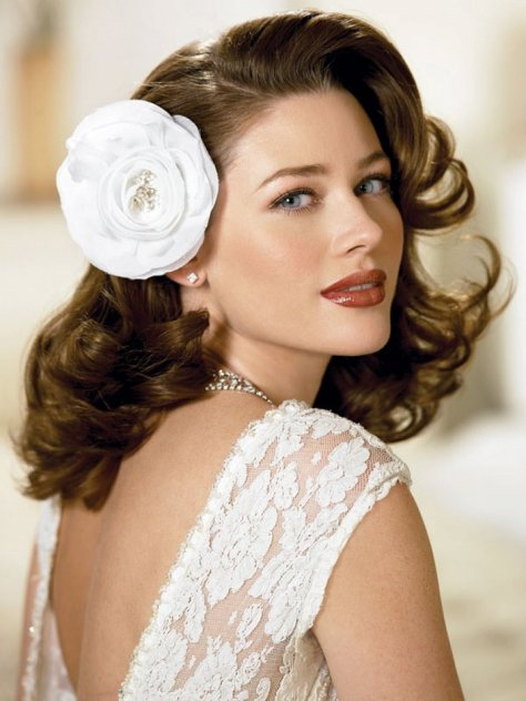 Curl - Medium Hairstyles for Wedding